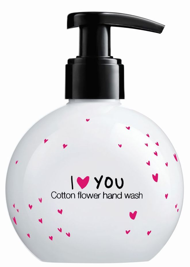 Sephora -Valentine's day - Hand wash - Cotton flower dianarosu.com